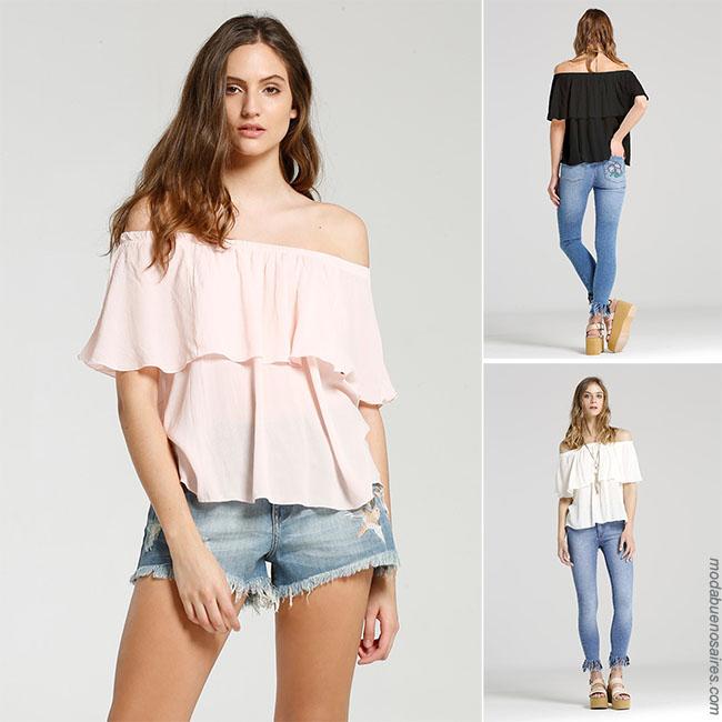 Moda mujer verano 2018 blusas con volados y hombros al descubierto.