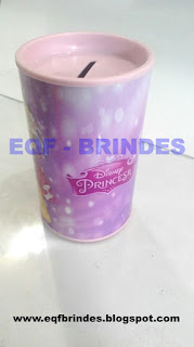 Cofrinho Princesas Disney, lembrancinha princesas disney, brinde princesas disney, tema princesas disney, festa princesas disney