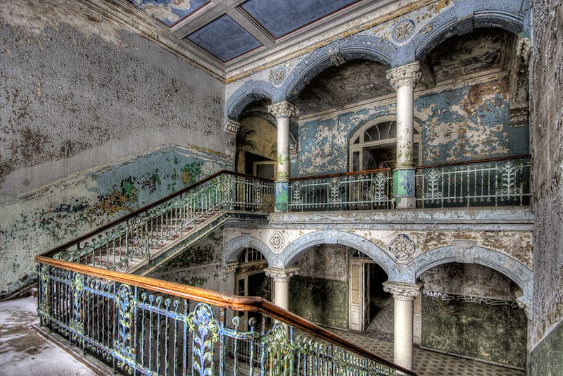 21. Abandoned Military Hospital, Beelitz, Germany - 31 Haunting Images Of Abandoned Places That Will Give You Goose Bumps
