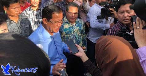Momen Saat PM Kamboja Hun Sen Hadir Berikan Hak Suara di Pemilu Kamboja