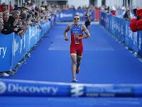 TRIATLÓN (Series Mundiales 2016) - Fernando Alarza se estrenó y fue el más rápido de Ciudad del Cabo. Non Stanford venció en la prueba femenina