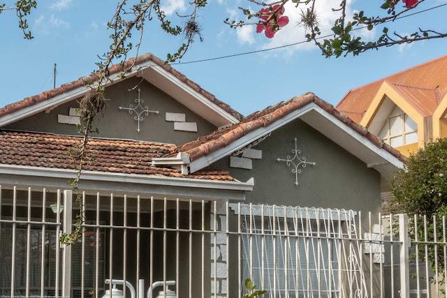 Casa na Rua Conselheiro Carrão - detalhe ornamentos de ferro