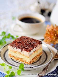 ciasto z kremem, 3 bit, ciasto na krakersach, krem budyniowy, krakersy, moje wypieki, ciasta domowe,