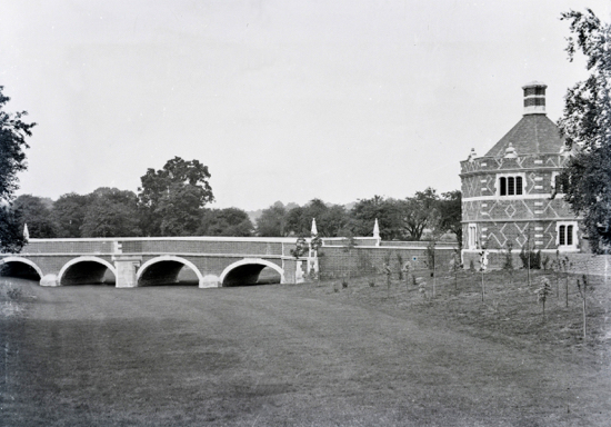Photograph of Octagon Lodge and the then new bridge as seen from Church Avenue, 1902.
