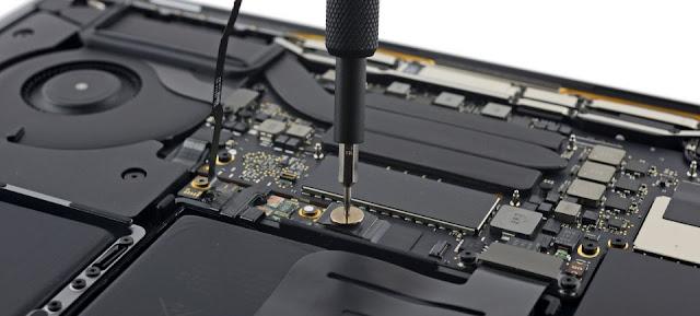 """Bên trong chiếc Macbook Pro 13"""" 2016 sẽ như thế nào?"""