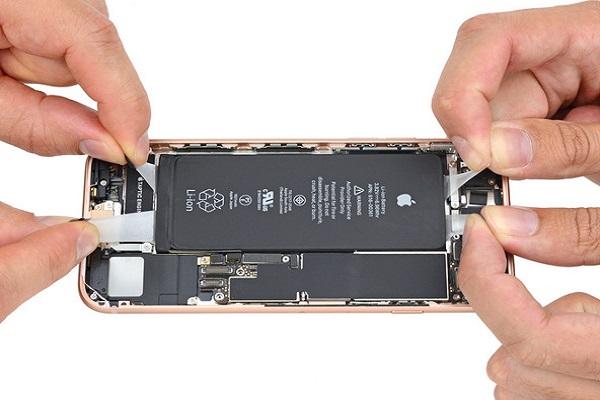 quy trình thay mới pin cho iPhone 8