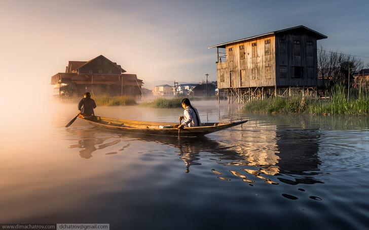 The 10 Most Amazing Watery Wonders Around The World - Inle Lake (Myanmar)