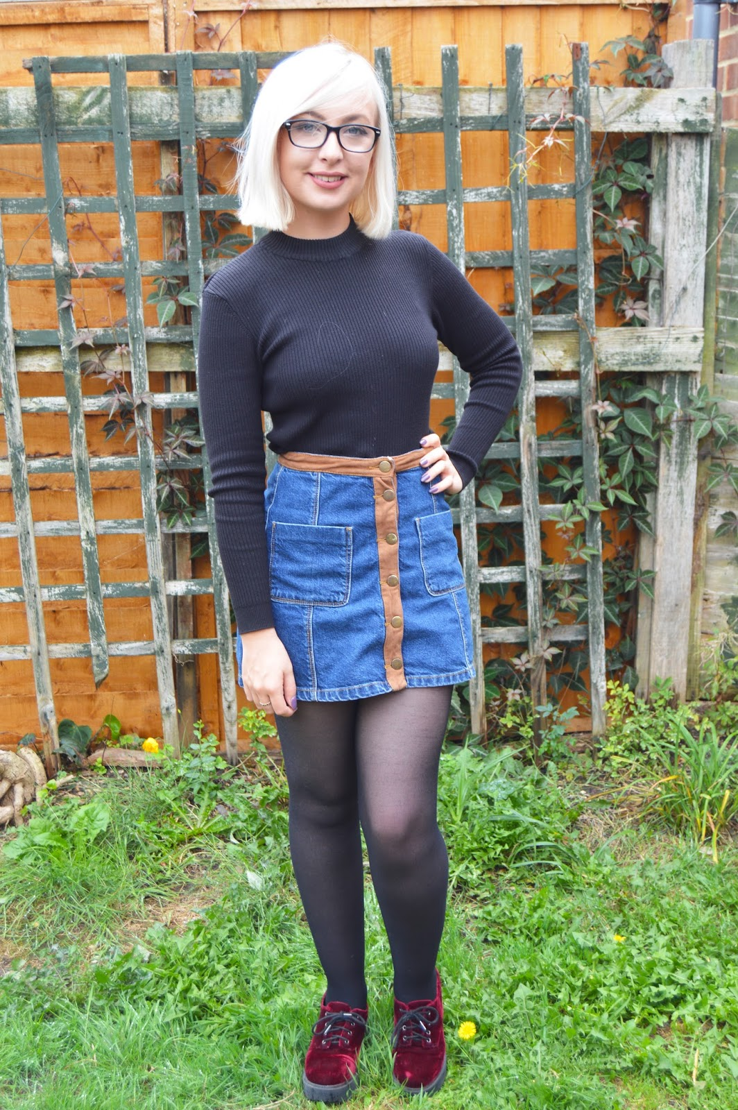 Short blonde hair bershka denim skirt
