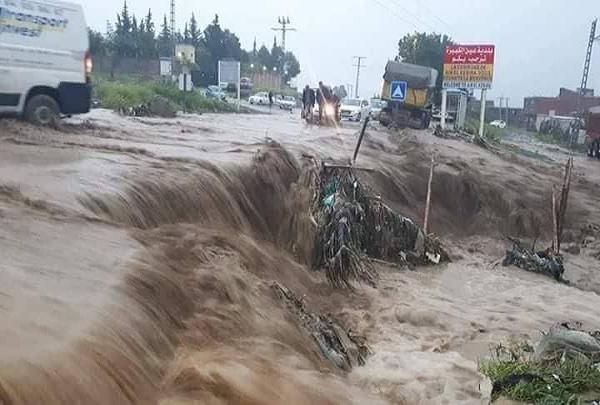 ضحايا ومفقودين بسبب الأمطار الطوفانية أول رمضان