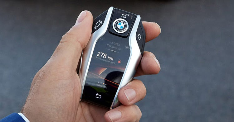 Exotic Car Brands >> New BMW 7-Series Has A Super Cool Key Fob With A Digital ...
