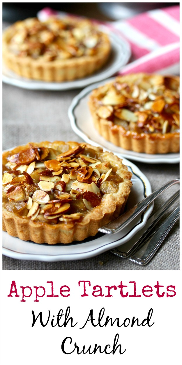 Apple Tartlets with an Almond Crunch Topping #tarts #applepie
