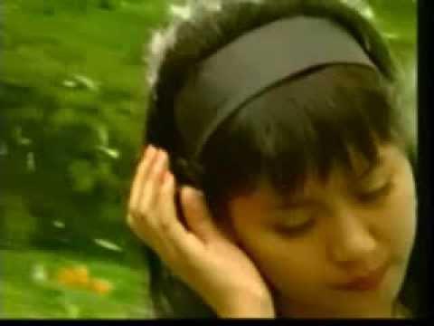 Lirik Lagu Air Mata Rindu ~ Anie Carera