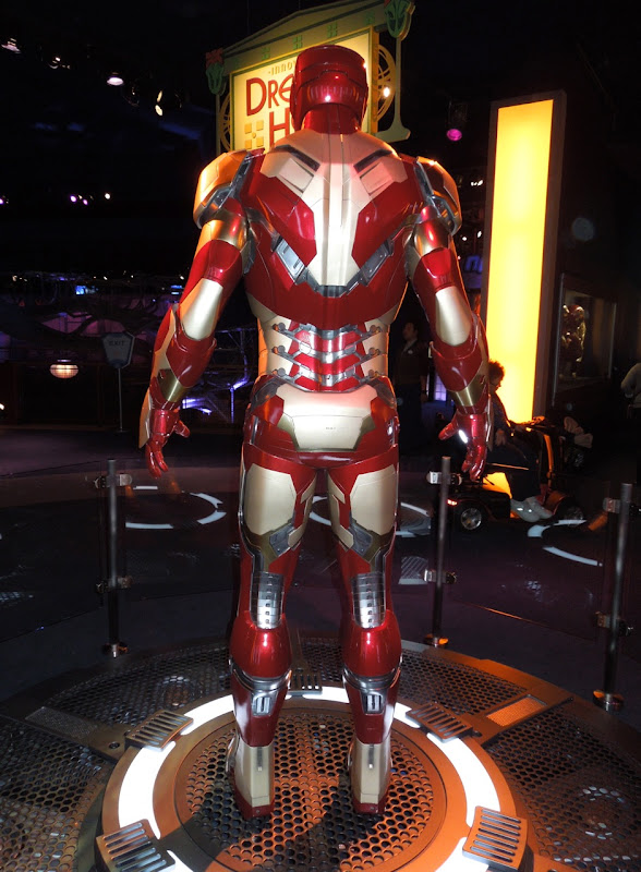 Iron Man 3 Mark XLII suit back view