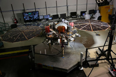insight-lander-mars-spacecraft-lockheed-martin-laboratories