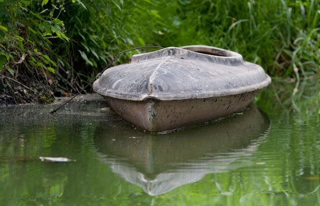 Spływ jednym kajakiem po rzece Obra.