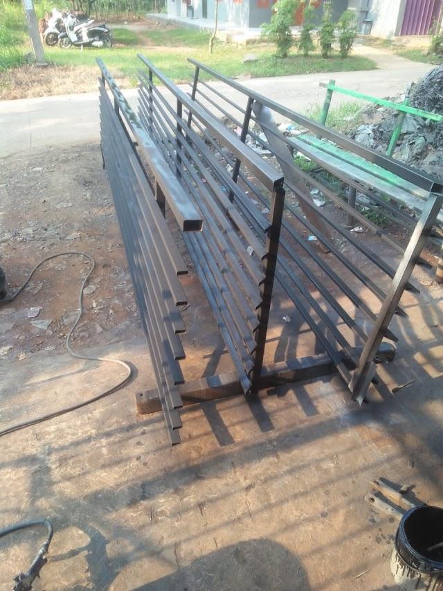 harga balkon minimalis di cibubur (kota wisata)
