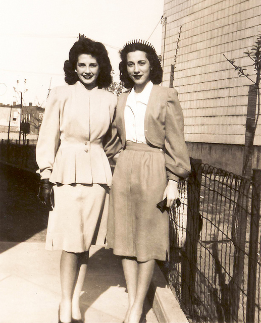 Black And White Vintage Photos Of 1940s Fashion Vintage
