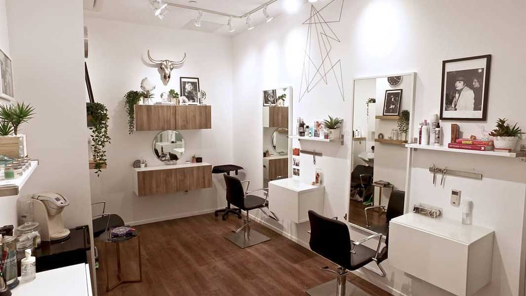 most best recommendation list directory listings beauty salon spa therapist hairstylist hairdresser profesional reputable trusted ratings good services treatments price list menu experienced aesthetic clinic hair design coloring master beverly hills california united states america usa