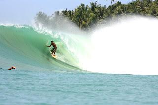 Visitindonesia; Sorake Beach, The Best Surfing Location Inwards Nias, Due North Sumatra