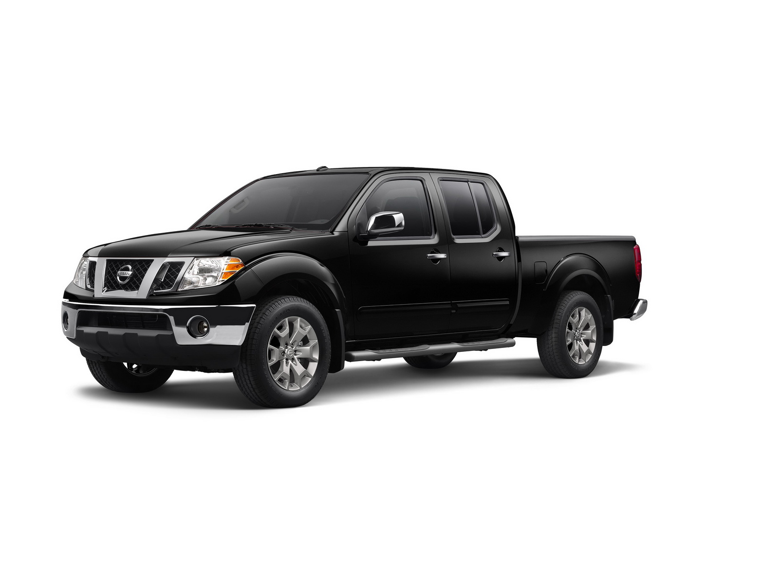 2017 nissan frontier goes on sale in the us priced from. Black Bedroom Furniture Sets. Home Design Ideas
