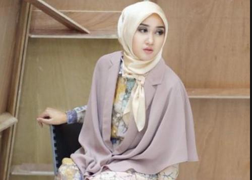 Model Baju Batik Dian Pelangi 2018 Baju Muslim Busana Muslim