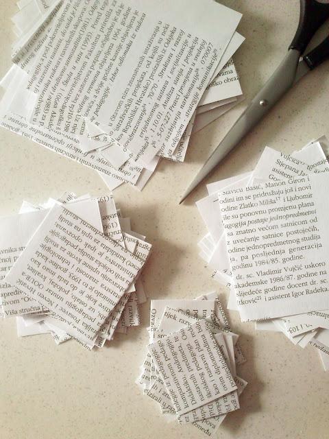 Božićno drvce - rezanje papira iz knjige