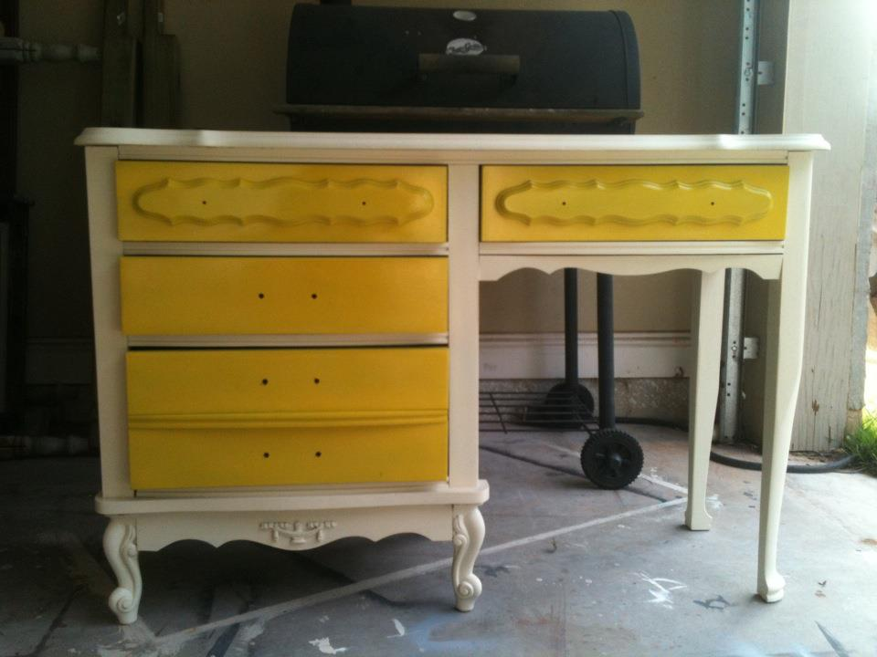 Very Furniture by MK Designs: Upcycled Bonnet Furniture by Sears GQ36
