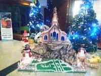 Miniatur pohon Natal di Hotel Novita Jambi yang terpasang lafaz Allah SWT