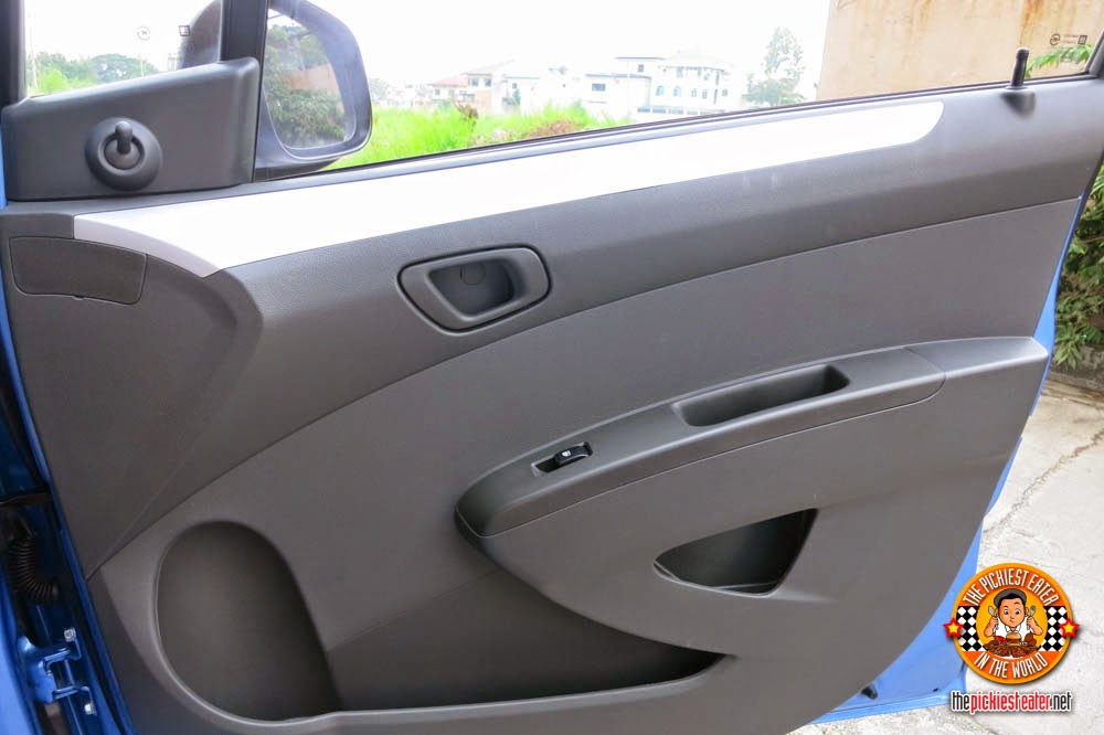 Chevrolet Spark side door