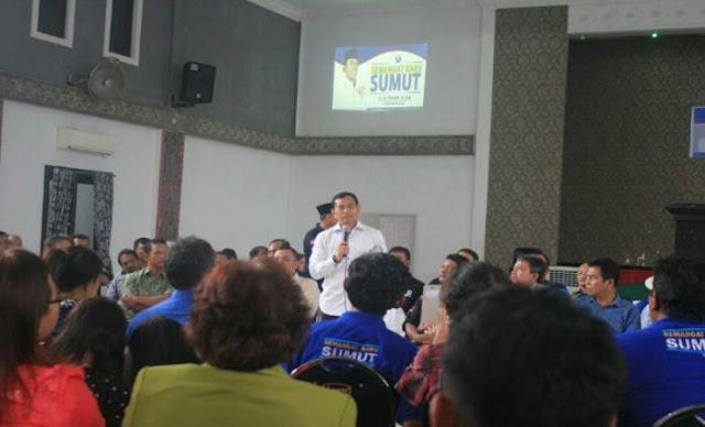Bupati Kabupaten Simalungun, JR Saragih sat bersafari politik di Kota Sibolga, Sumatera Utara baru-baru ini.
