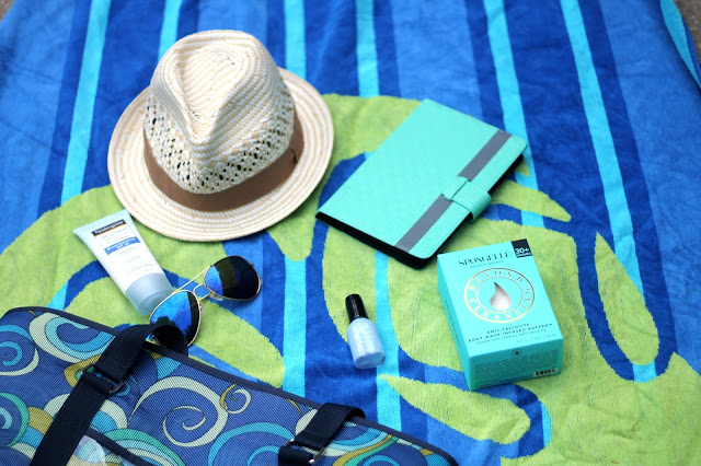 4 poolside essentials