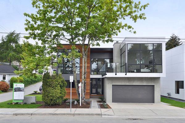 LEED Platinum sustainable prefab home
