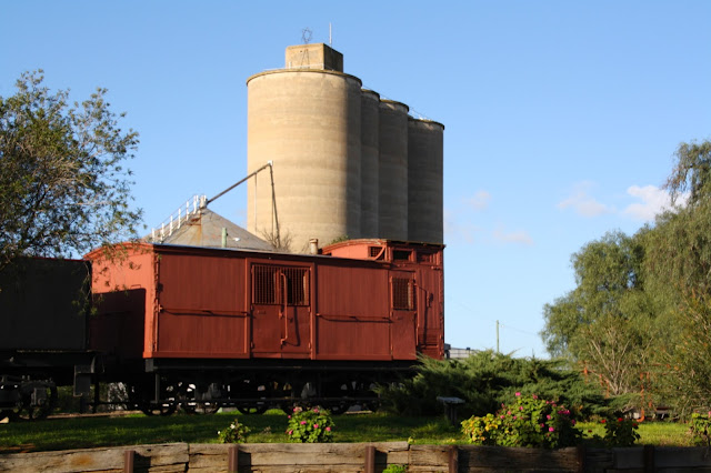 Wycheproof  Million Bushel Silos