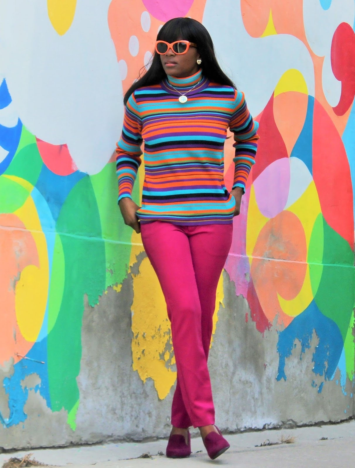 CANDY STRIPED TURTLE NECK SWEATER