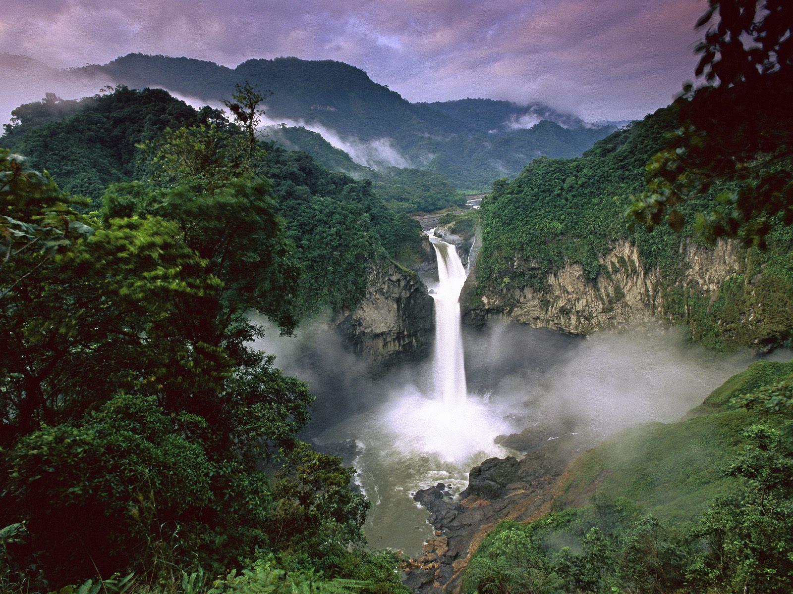 Nature s Wonders Amazon River  Big Wave Sharing