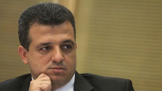 El embajador de Israel ante la UNESCO Carmel Shama-Hacohen