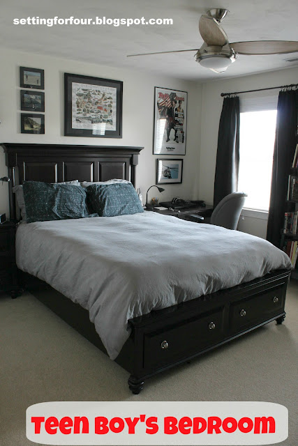 Teenage Boy S Bedroom Setting For Four