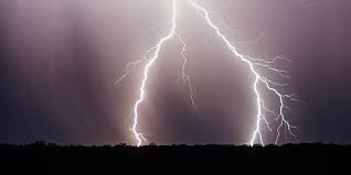 Origen electricidad naturaleza