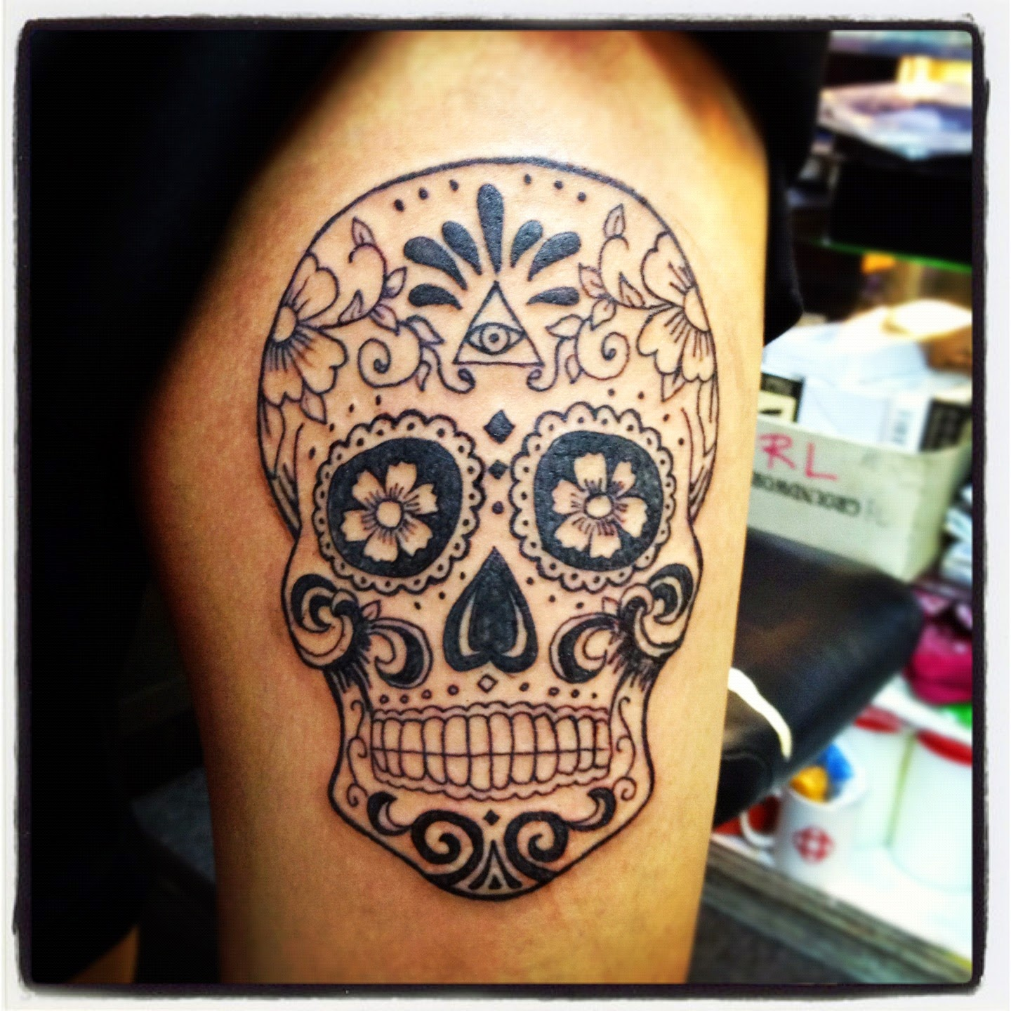 The tattoo world most popular skull tattoos among world for Pictures of skull tattoos