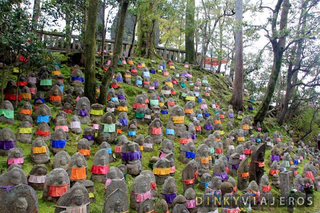 Figuras budistas en Kiyomizu-dera
