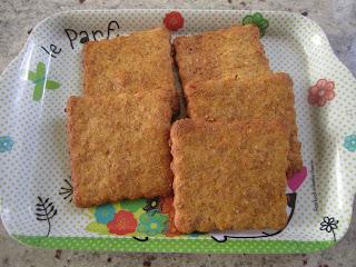 Biscuits à la courge sur petit plateau de présentation, Halloween