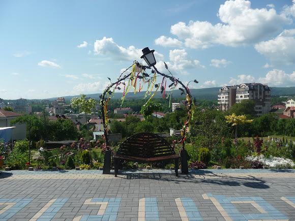 Трускавец. Смотровая площадка на территории церкви Покрова Пресвятой Богородицы