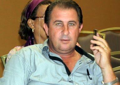 Urgente - Ex-prefeito de Ministro Andreazza Neuri Perche acaba de ser executado no bosque do município