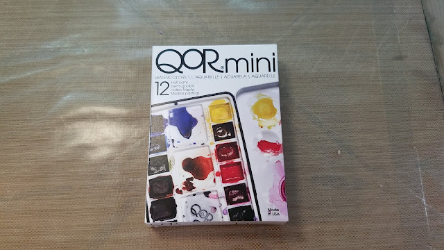 Qor Mini Palette in Packaging