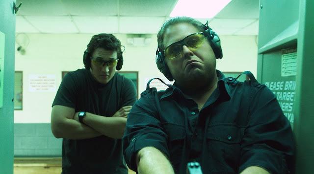 Cães de Guerra | Comédia de ação com Jonah Hill e Miles Teller ganha novo trailer