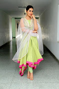 Rashi Khanna New Gorgeous Photos gallery-thumbnail-7
