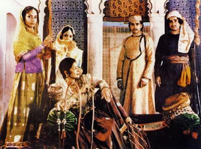 Junoon's ensemble cast that includes Sushma Seth, Shabana Azmi, Shashi Kapoor, Jennifer Kendal, Nafisa Ali, Kulbhushan Kharbanda, Naseeruddin Shah, Directed by Shyam Benegal