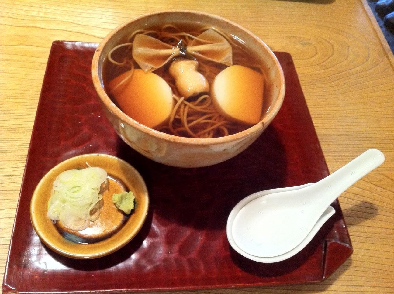Soba dish in Namiki Yabu Soba restaurant, Asakusa, Tokyo.
