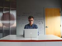 6 Pekerjaan Freelance Yang Sangat Menguntungkan dan Menjanjikan