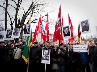 Kas Lietuvai išrinko tokį paminklą Lukiškių aikštėje?